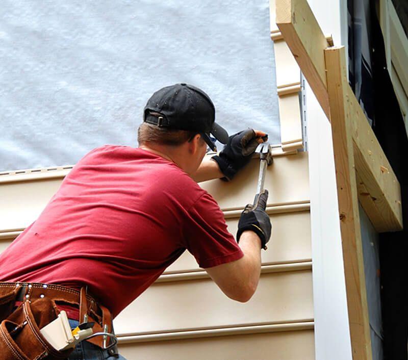 Минусы обшивки балкона внутри виниловым сайдингом.